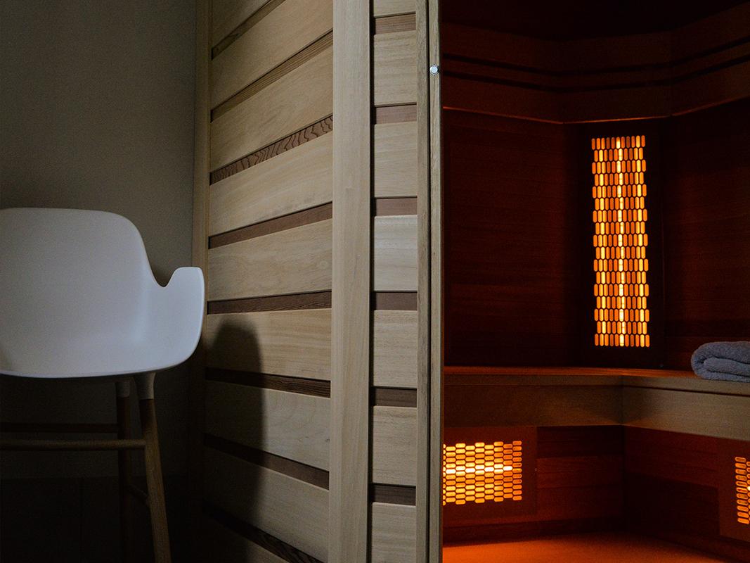 sauna a la maison sauna de la maison duhtes design luautre rives with sauna a la maison. Black Bedroom Furniture Sets. Home Design Ideas