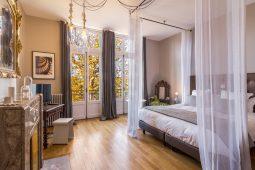 Chambre d'hôtes Baroque de la maison d'hôtes L'Autre Rives à Albi