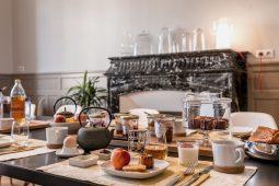 Petit déjeuner maison de la maison d'hôtes design l'Autre Rives à Albi